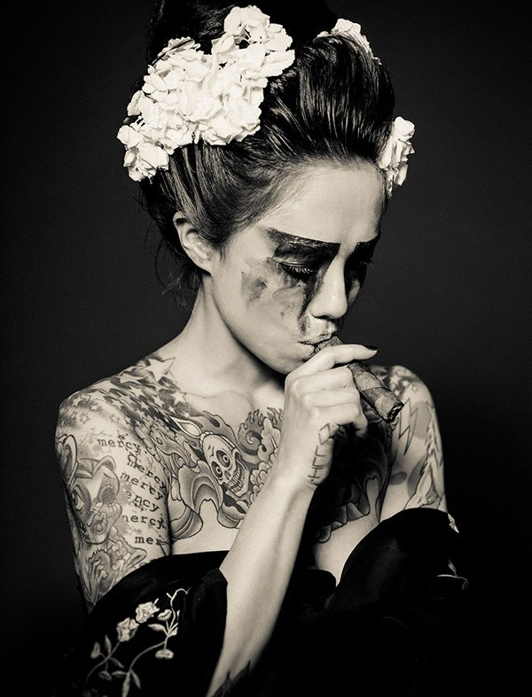 Reka Nyari Bluesmoke Tattoo Photography