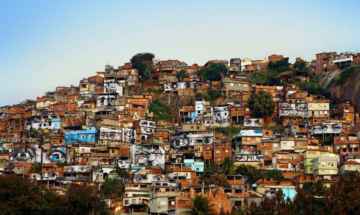 JR, Women Are Heroes, Brooklyn Museum, New York, favela, Rio De Janeiro, Street art exhibition